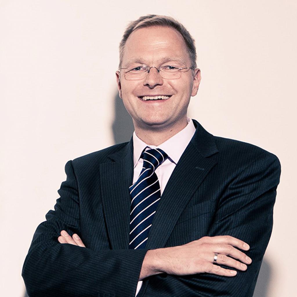 Dr. Jan-Torsten Tews CEO - René Verkaart